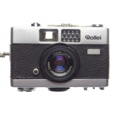 Rollei compact camera Triotar 3.5/40mm Zeiss Lens vintage film
