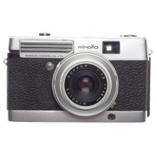 Minolta Point and shoot compact film camera Rokkor 2.8 f=38mm